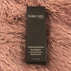 Frankie Rose Matte Perfection Foundation